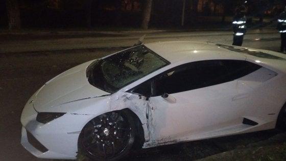 Bruno Peres ha distrutto la sua Lamborghini a Roma nel febbraio 2018.