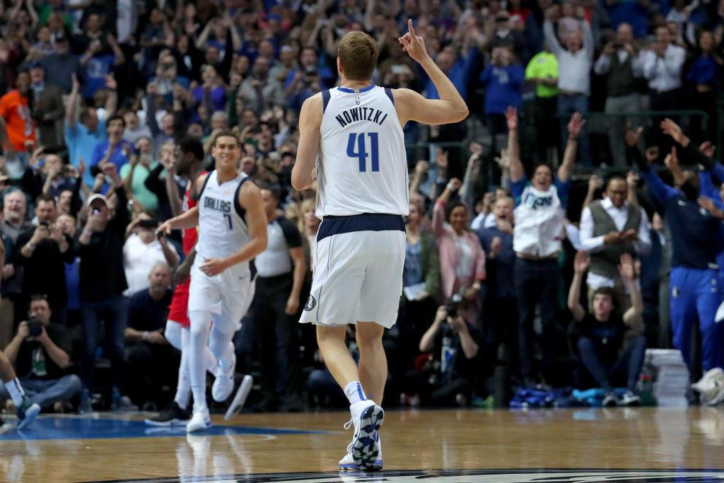 """Dopo la vittoria sui Suns, il 41 dei Mavericks ufficializza l'addio al basket: """"È stata una lunga e magnifica cavalcata"""""""