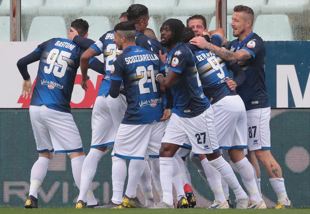 Gol e spettacolo al Tardini, Quagliarella firma una doppietta ed è sempre più Re dei bomber, tra Parma e Sampdoria finisce 3-3. <br /><br />