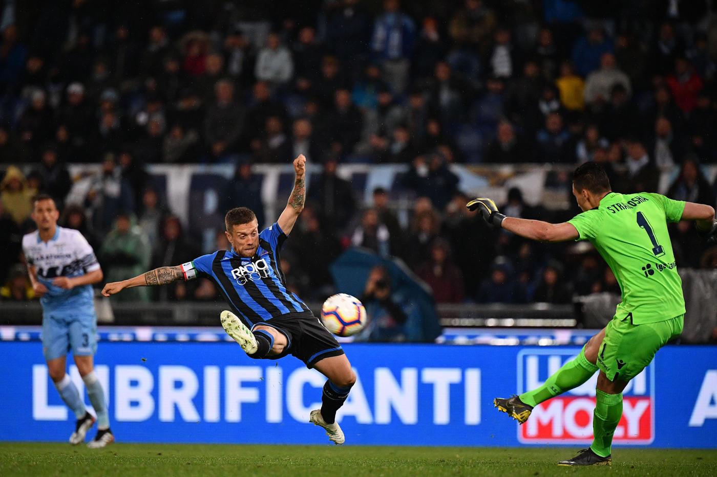 Milinkovic-Savic e Correa decidono la finale contro l'Atalanta