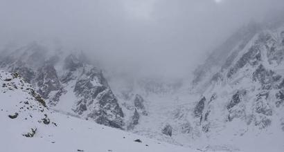 Alpinismo, Nardi-Ballard: il tempo peggiora, ma le ricerche continuano