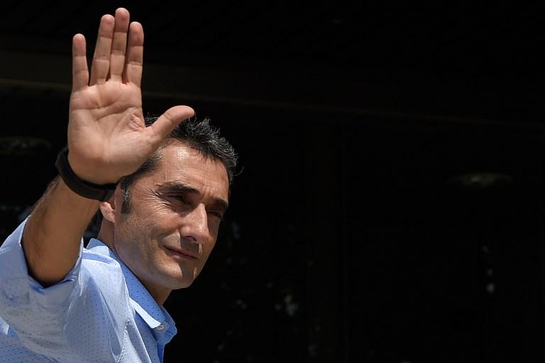 Valverde, primo giorno a Barcellona: le foto