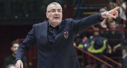Serie A: Milano crolla, Reggio Emilia si avvicina