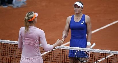 Roland Garros: la Sharapova stende la Stosur