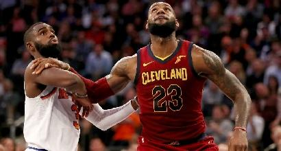 Nba, LeBron trascina Cleveland