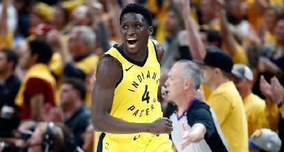 Basket Nba: Indiana-Cleveland 121-87, a LeBron James servirà gara-7
