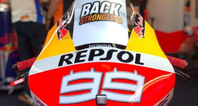 MotoGP, Lorenzo rientra a casa dopo l'infortunio
