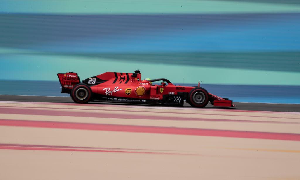 F1, test in Bahrain con la pioggia