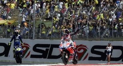 MotoGP, Marquez decide da solo. Lorenzo super, ma ormai è tardi