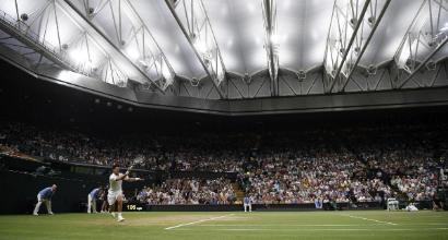 Wimbledon, ecco perché non si può giocare dopo le 23