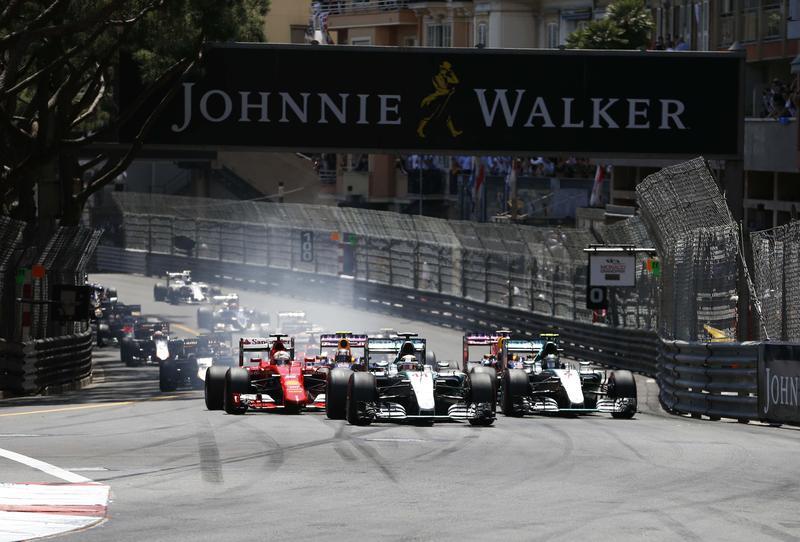 F1, Rosberg conquista il tris a Monaco