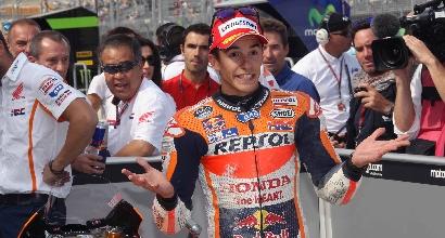MotoGP, Marquez cade in bici: operato alla mano sinistra