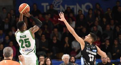 Basket, Serie A: Avellino sbanca Trento ed è prima