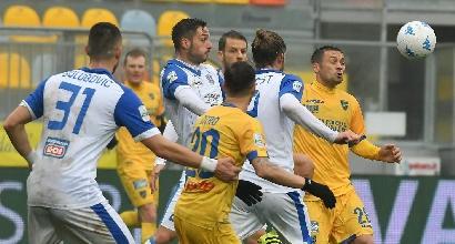 Serie B: il Frosinone vola in vetta, la Cremonese va ko