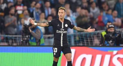 Neymar attacca l'arbitro Kuipers