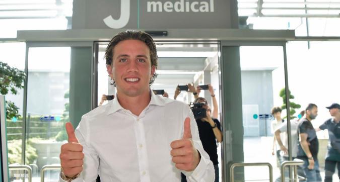 Juve, Pellegrini al J Medical per le visite
