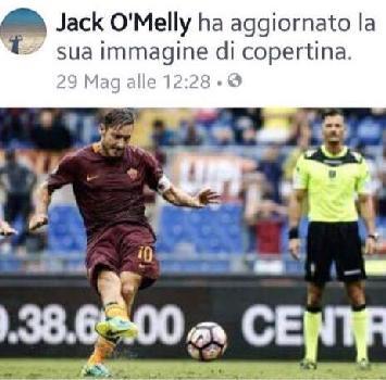 Foto con Totti sui social, indagine della Procura sull'arbiro Giacomelli