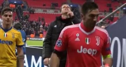 Juventus, Szczesny sfotte i tifosi del Tottenham (dal vivo e sui social)