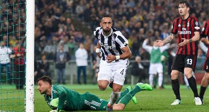 Verso Milan-Juve: Allegri protegge Bonucci, Gigio ritrova la bestia nera Benatia