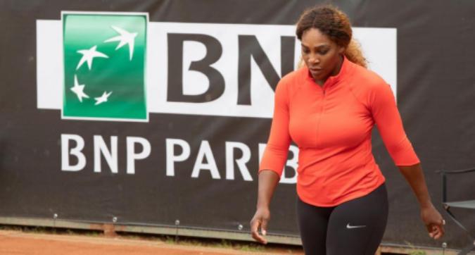 Internazionali, Serena Williams si ritira: problemi al ginocchio