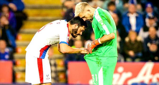 Crystal Palace, problema al pantaloncino per Guaita: ci pensa Tomkins