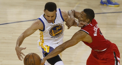 Nba, playoff: Warriors avanti, Raptors sul 3-2