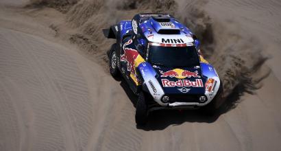 Dakar 2019, sesta tappa: Loeb vince con le unghie, Quintanilla si prende tutto