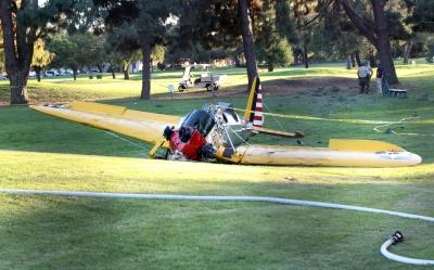 Harrison Ford si schianta a bordo del suo aeroplano, è ferito