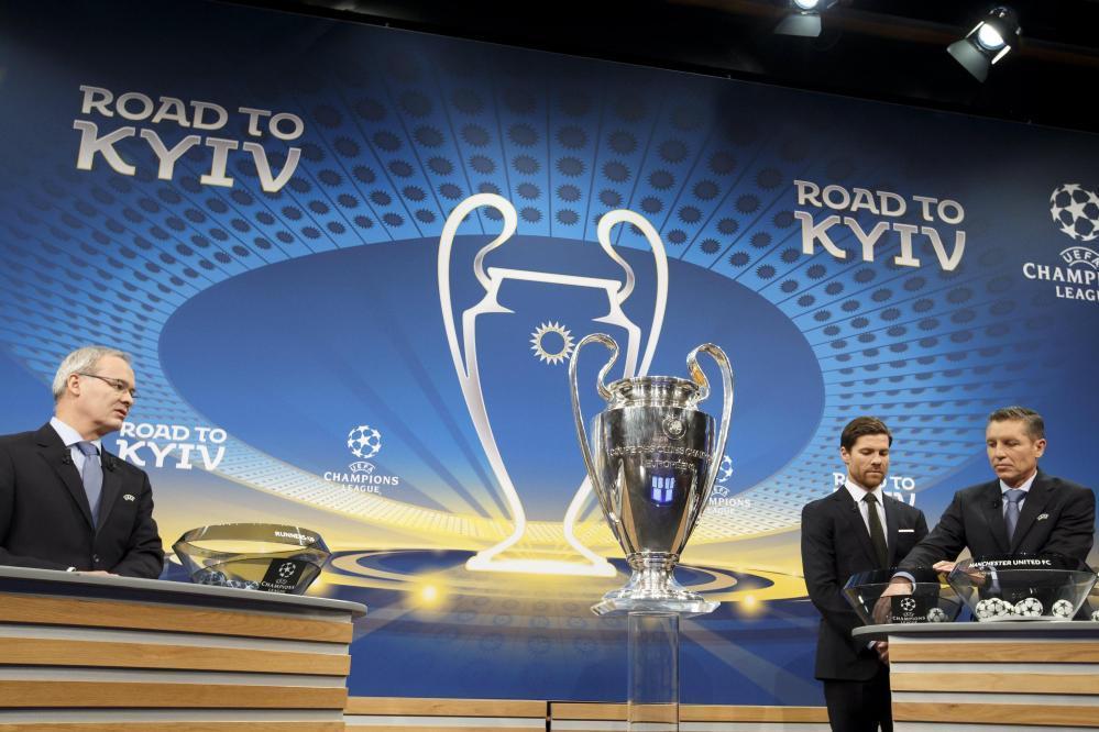 Champions League,  il sorteggio degli ottavi: le foto