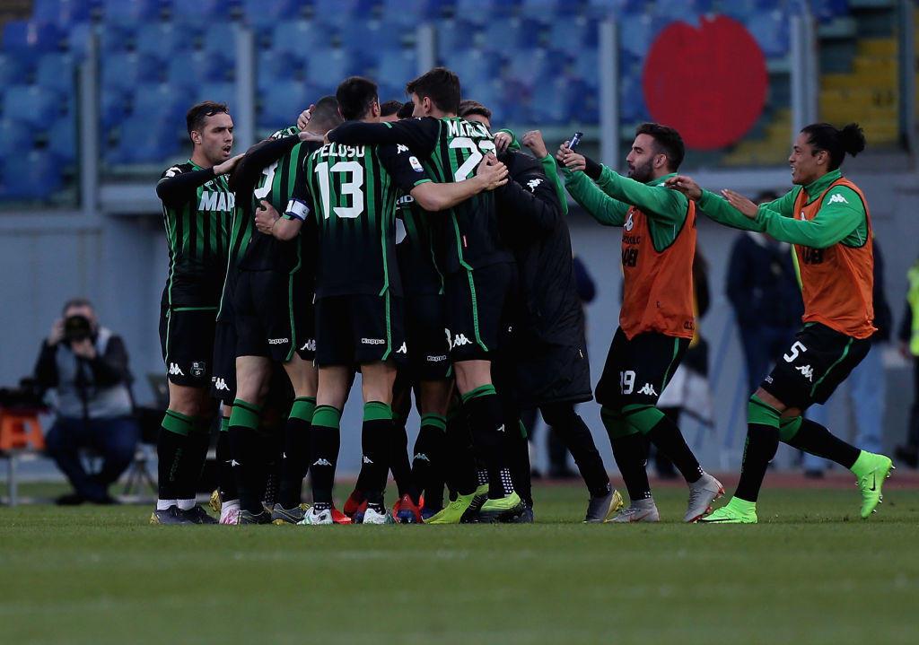 Ancora una frenata Champions per la Lazio, che nella 31esima di Serie A pareggia 2-2 all'Olimpico col Sassuolo e resta 3 lunghezze dietro il quarto po...