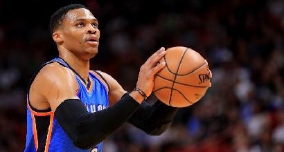 Basket, Nba: Harden grida 53, Westbrook è un razzo