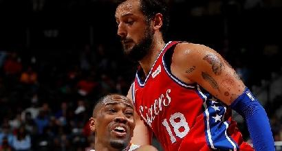Nba: Belinelli trascina Philadelphia, San Antonio abbatte Houston