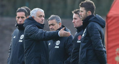 United, Mou obbliga la squadra al ritiro anche a Natale
