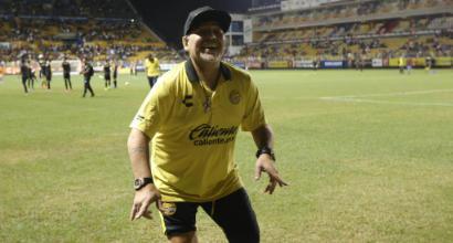 """Maradona contro la Fifa: """"Infantino, dopo Blatter non è cambiato niente. Boban, ci vediamo sul ring"""""""