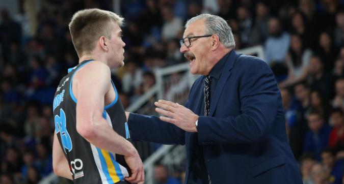 Basket, Serie A playoff: Cremona e Venezia difendono il fattore campo in gara-1