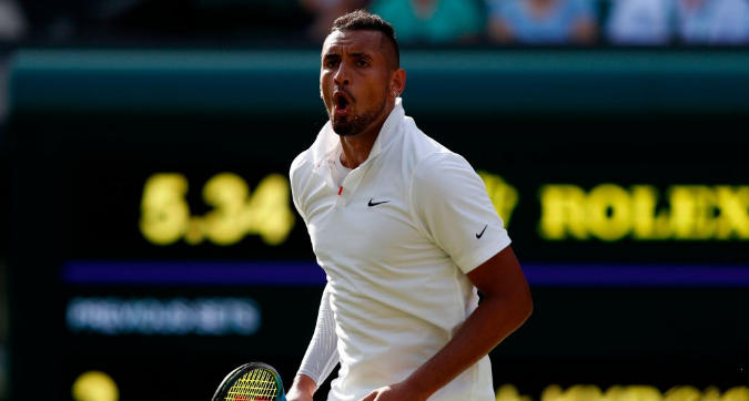 Wimbledon: bad boy Kyrgios, tra notti al pub e pallate