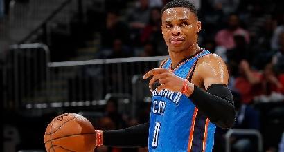Nba: Westbrook dà spettacolo, i Cavaliers volano