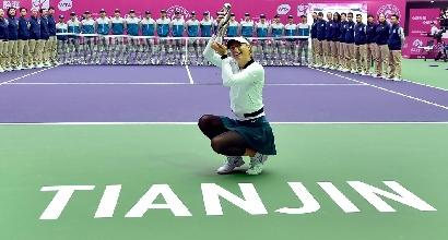 Tennis, la Sharapova torna a vincere un torneo<br />