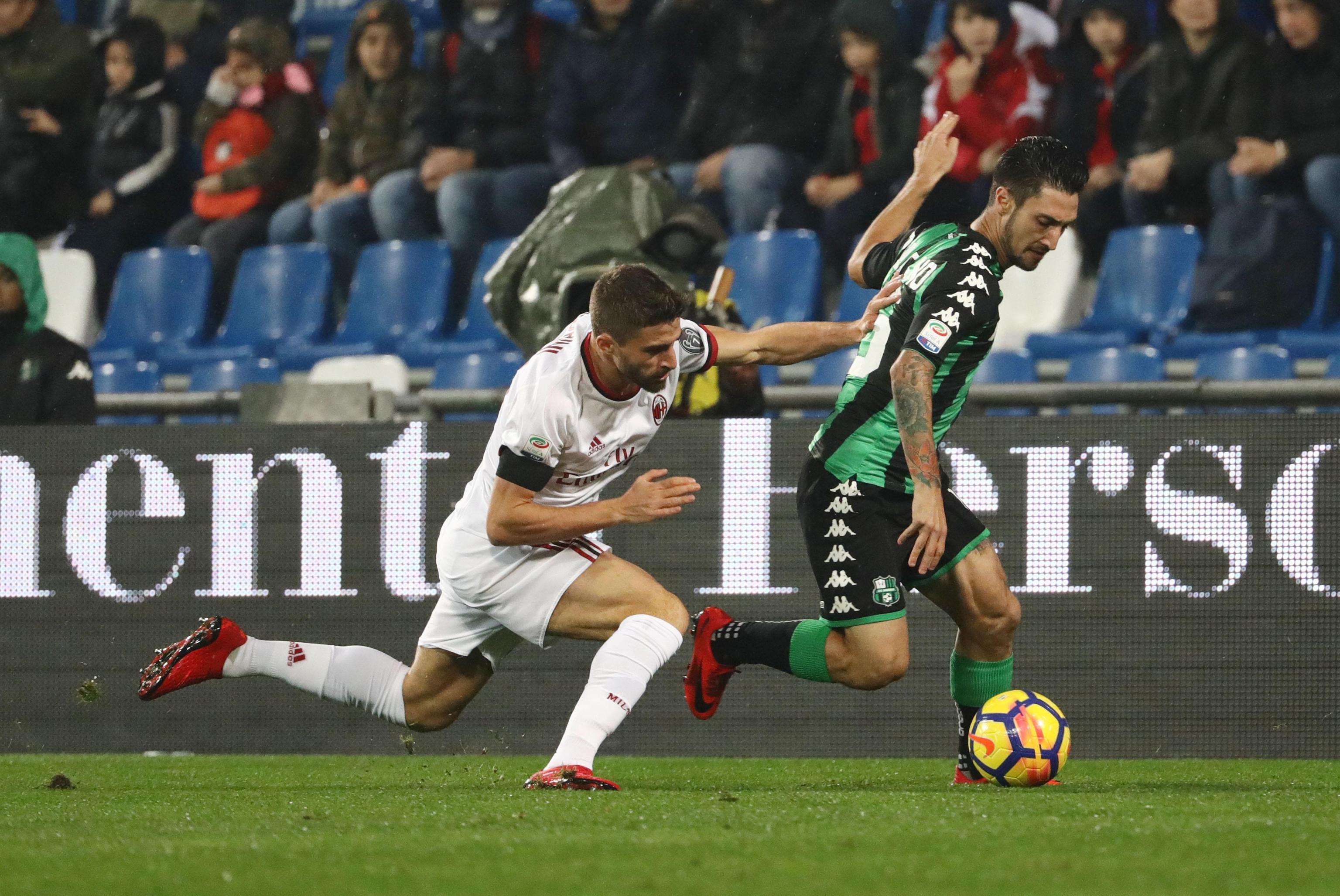 Serie A: il Milan batte il Sassuolo e salva Montella