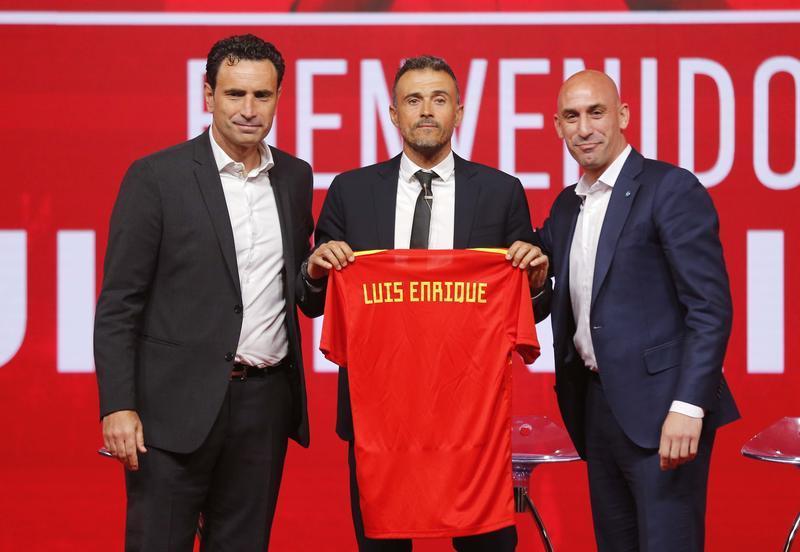 Spagna, Luis Enrique si presenta