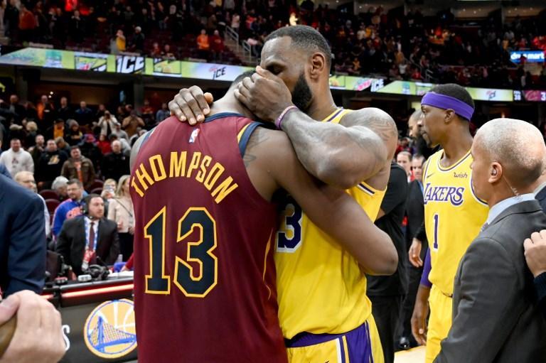 Nba, LeBron spietato nella sua Cleveland
