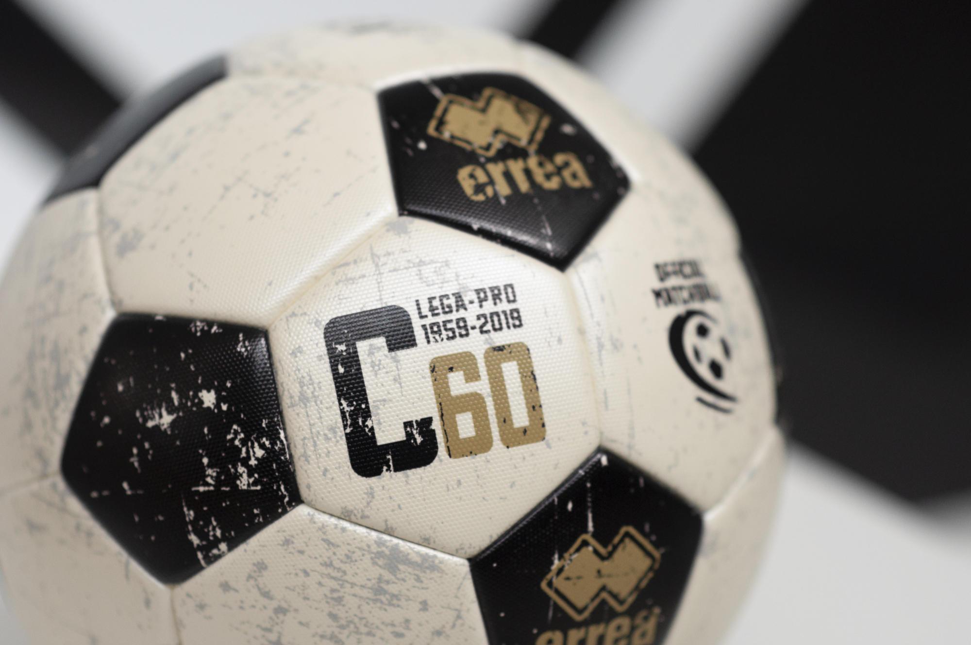 E' sempre più forte e consolidata la partnership tra Lega Pro ed Erreà Sport. Da questo proficuo sodalizio, è nato, C60, il nuovo pallone realizzato i...