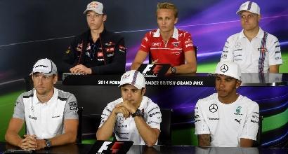 Piloti in conferenza stampa (Afp)