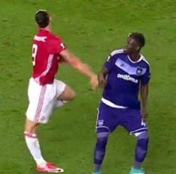 Manchester United, confermato: stagione finita per Ibrahimovic