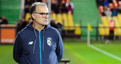 Lille, Bielsa va a trovare l'amico malato: il club lo sospende