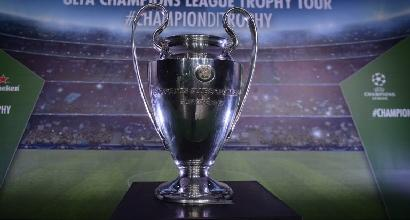 Cinque novità Uefa dal 2018/19: quattro sostituzioni, nuovi orari e nessun limite per chi cambia club