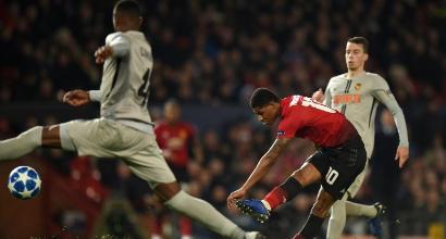 Champions, United agli ottavi
