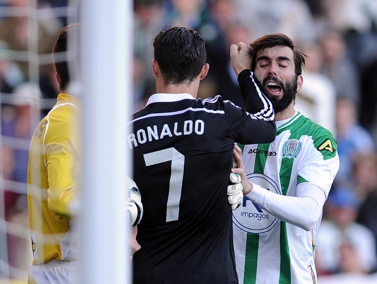 Follia Cristiano Ronaldo: scalcia un avversario, espulso