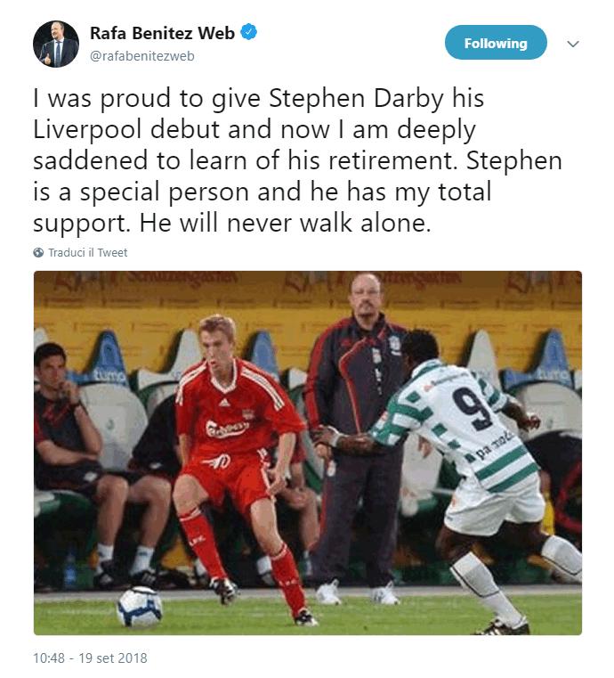 Il difensore del Bolton, cresciuto nelle giovanili del Liverpool, è stato costretto al ritiro per una malattia al motoneurone. Società ed ex compagni si stringono attorno al classe '88