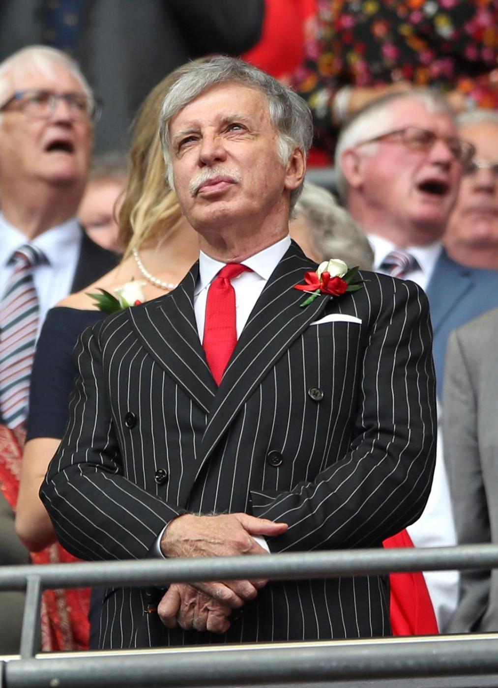 6 Stan Kroenke - Azionista di maggioranza dell'Arsenal, ha un patrimonio di 6,4 miliardi di sterline
